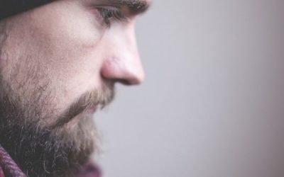Cosa distingue la tristezza dalla depressione?